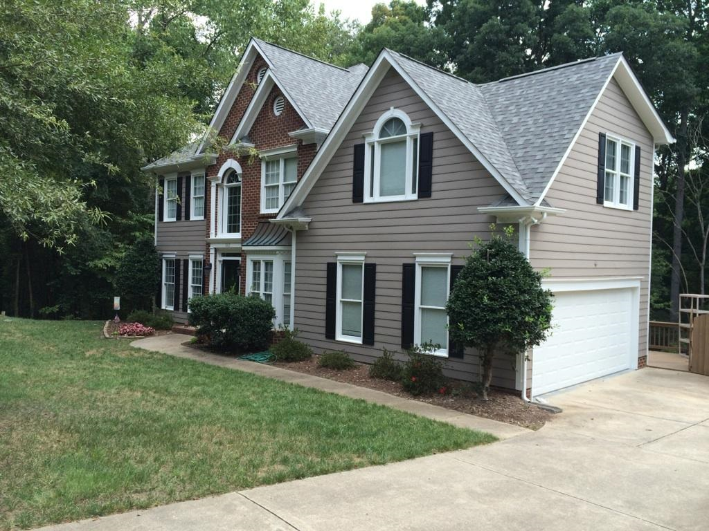 South Charlotte siding replacement by Belk Builders using Hardie Plank Colorplus