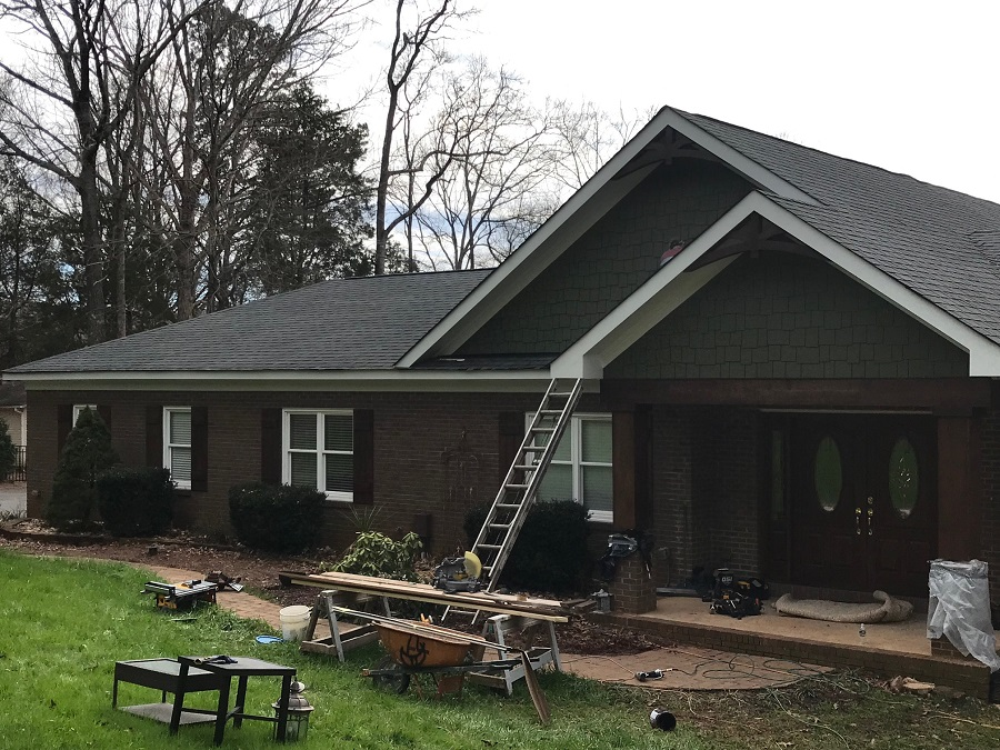hardie shake trim on lake norman home