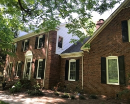 Cornelius HardiePlank® Installer Belk Builders Delivers New Look to Brick Home