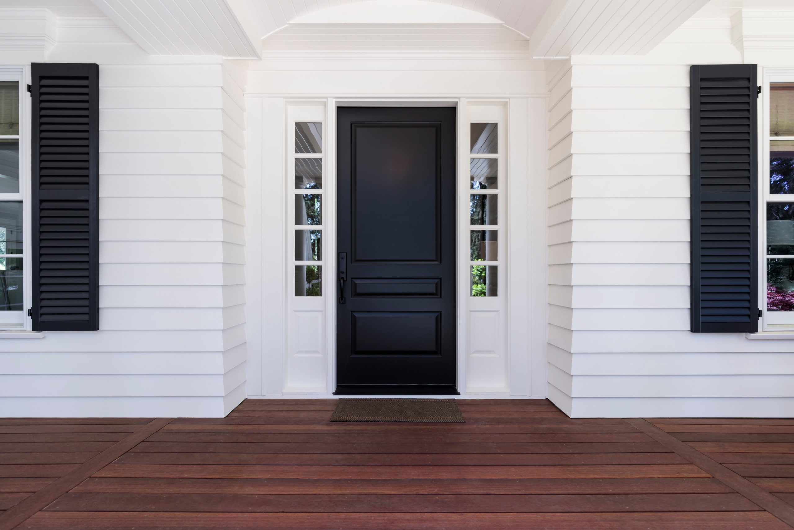 charlotte black and white farmhouse exteriors
